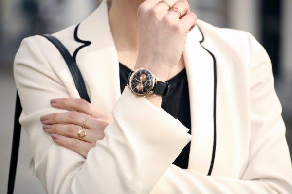 mua đồng hồ đeo tay nữ tại Cần Thơ