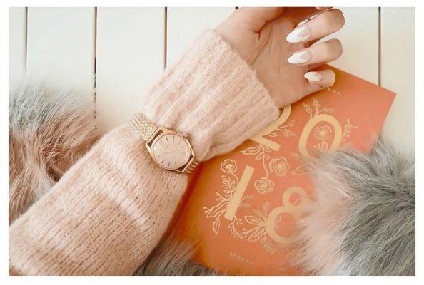 đồng hồ đeo tay nữ dây da seiko