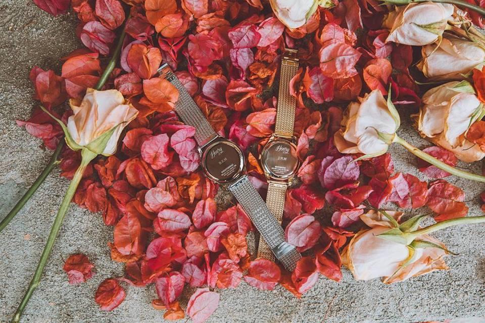 đồng hồ đeo tay nữ của đức