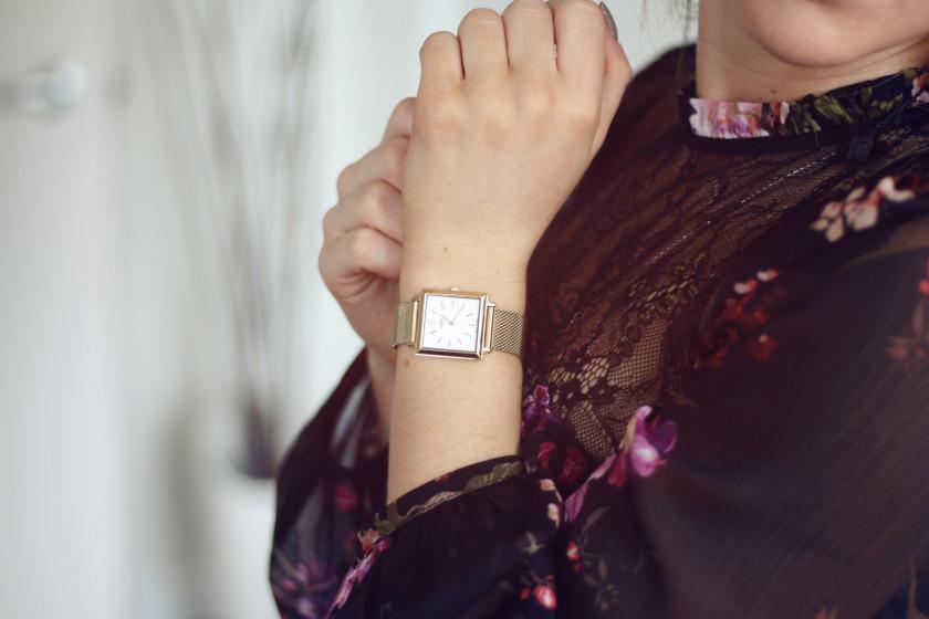 đồng hồ đeo tay nữ dây inox