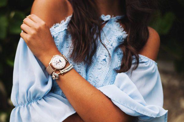 Chọn đồng hồ đeo tay nữ phù hợp